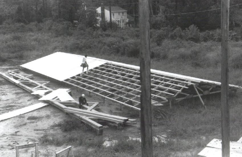 Constructing shed roof